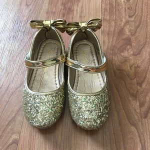 Girls Gold Sparkle Shoes